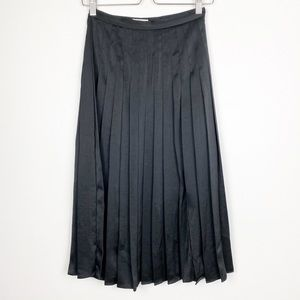 Aritzia | Little Moon | Black Olyra Pleated Skirt